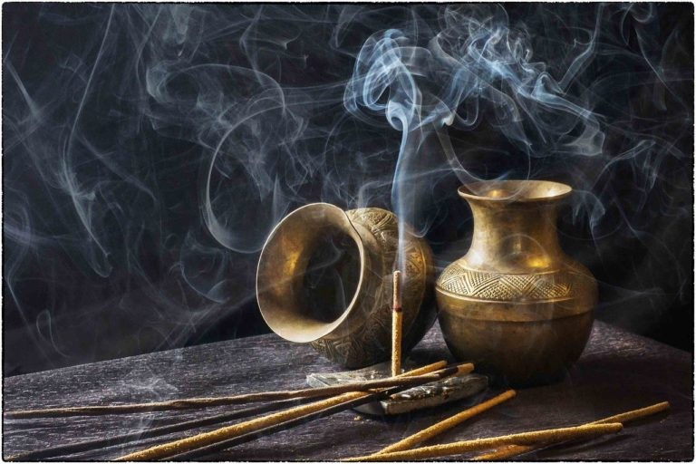 incense-1961430_1280-Pixabay